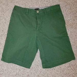 Banana Republic green size 34 shorts, NEW!